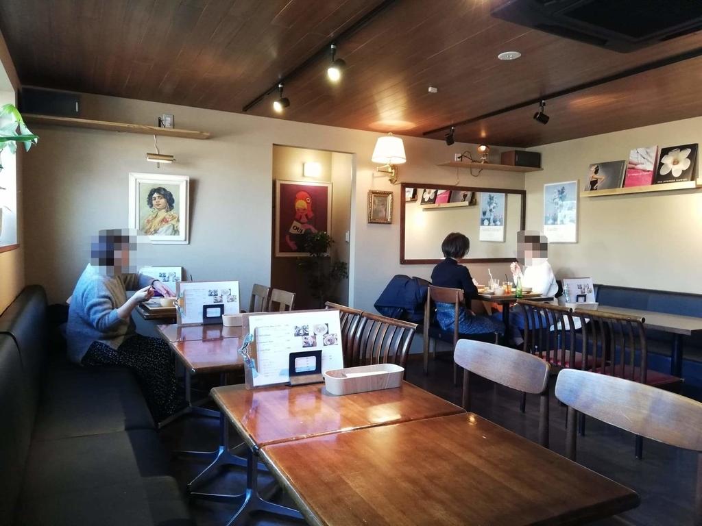 北千住のカフェ『寛美堂』の店内写真②