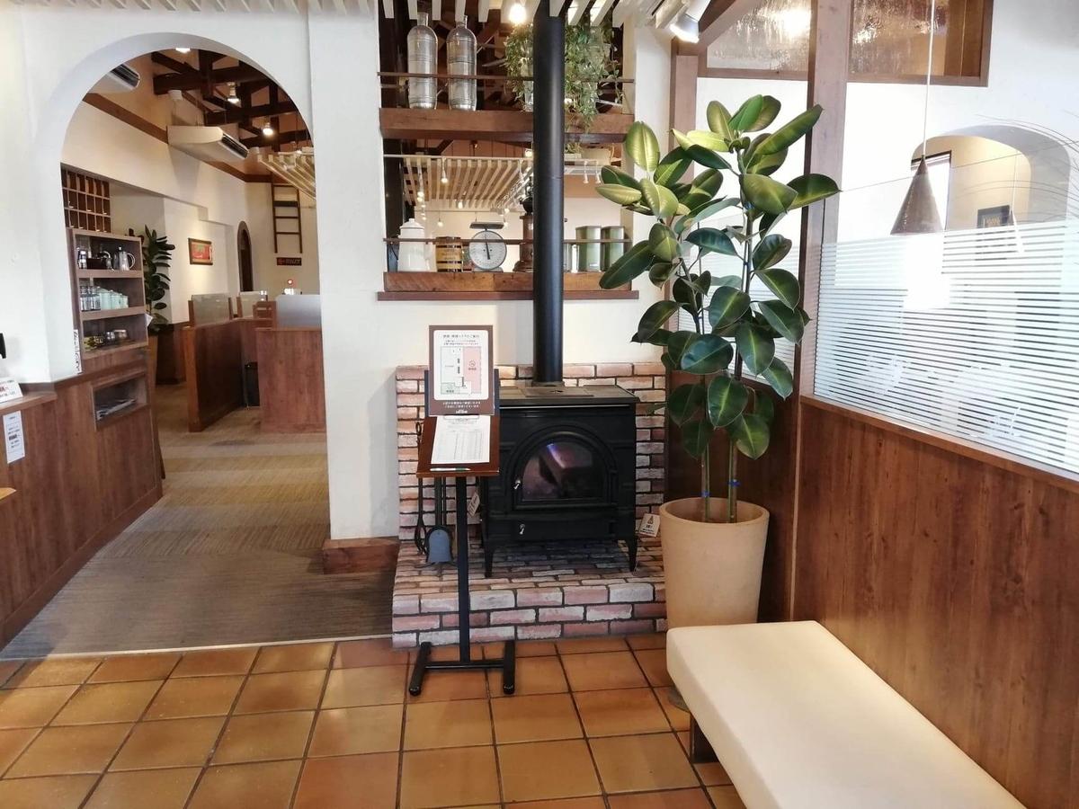 大宮(鉄道博物館駅)『ジロー珈琲』の店内写真②