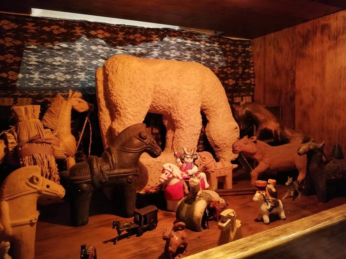 長野県松本市さくら料亭(馬肉料理)『新三よし』の店内写真⑩