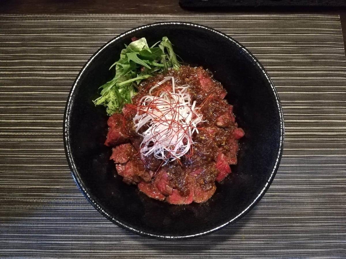 浦和『carnegico(カルネジコ)』の赤身ステーキ丼の写真