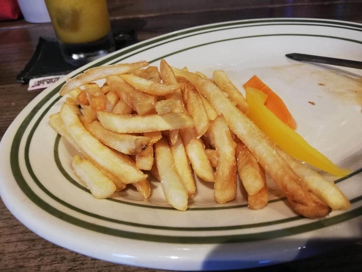池袋『ビバラバーガー ( Viva la Burger ) 』の、フライドポテトの写真