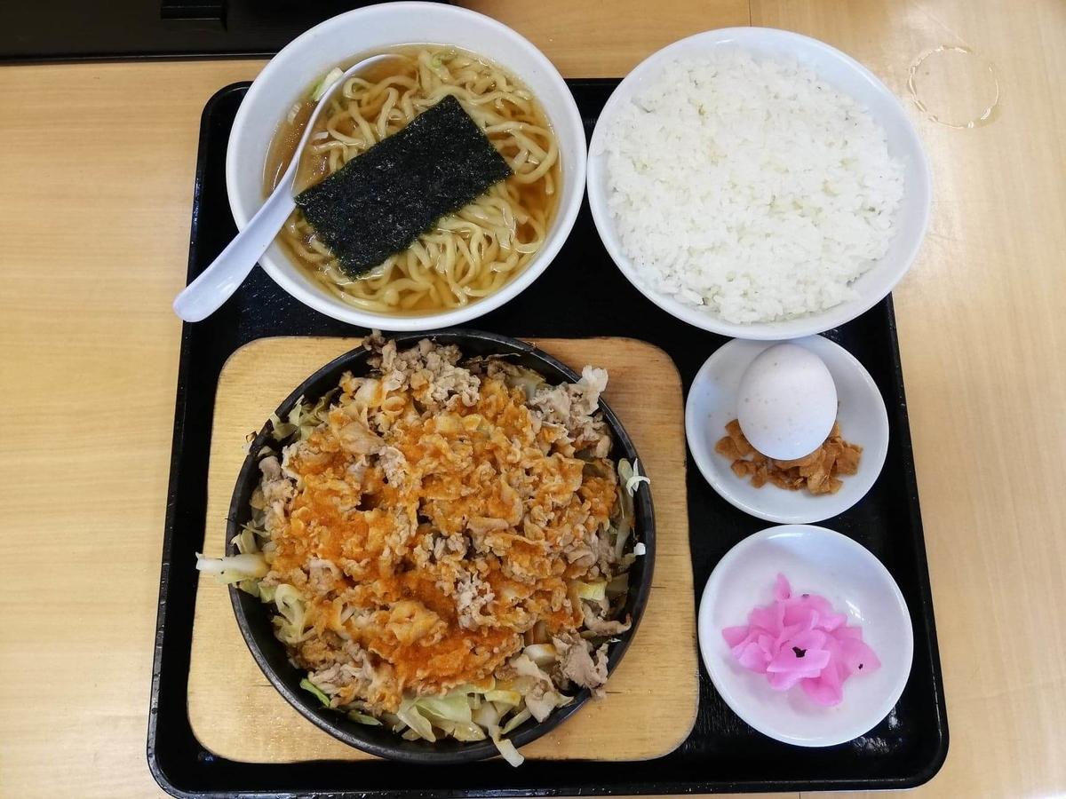 東中野『大盛軒』の鉄板麺セットの写真