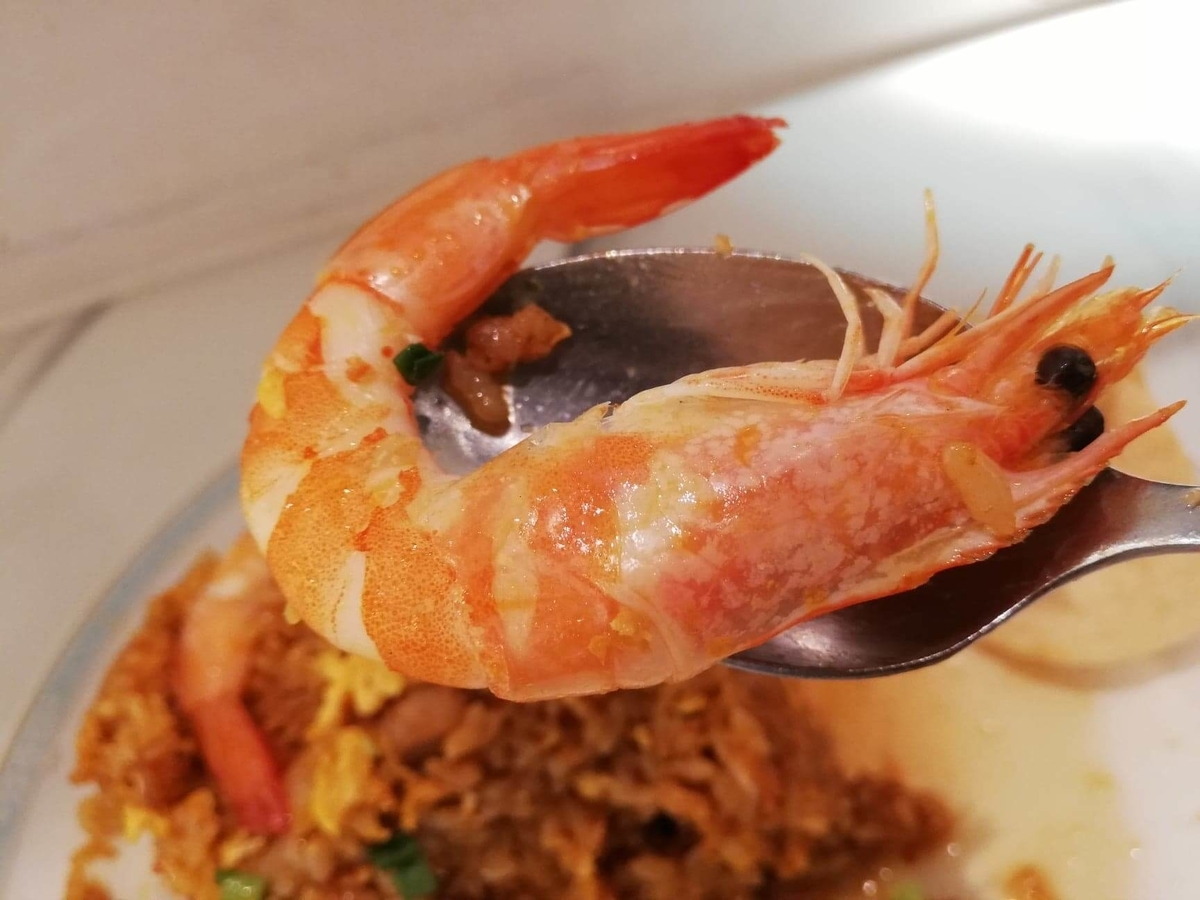 盛りもり祭2019『シンガポール海南鶏飯』のエビの写真