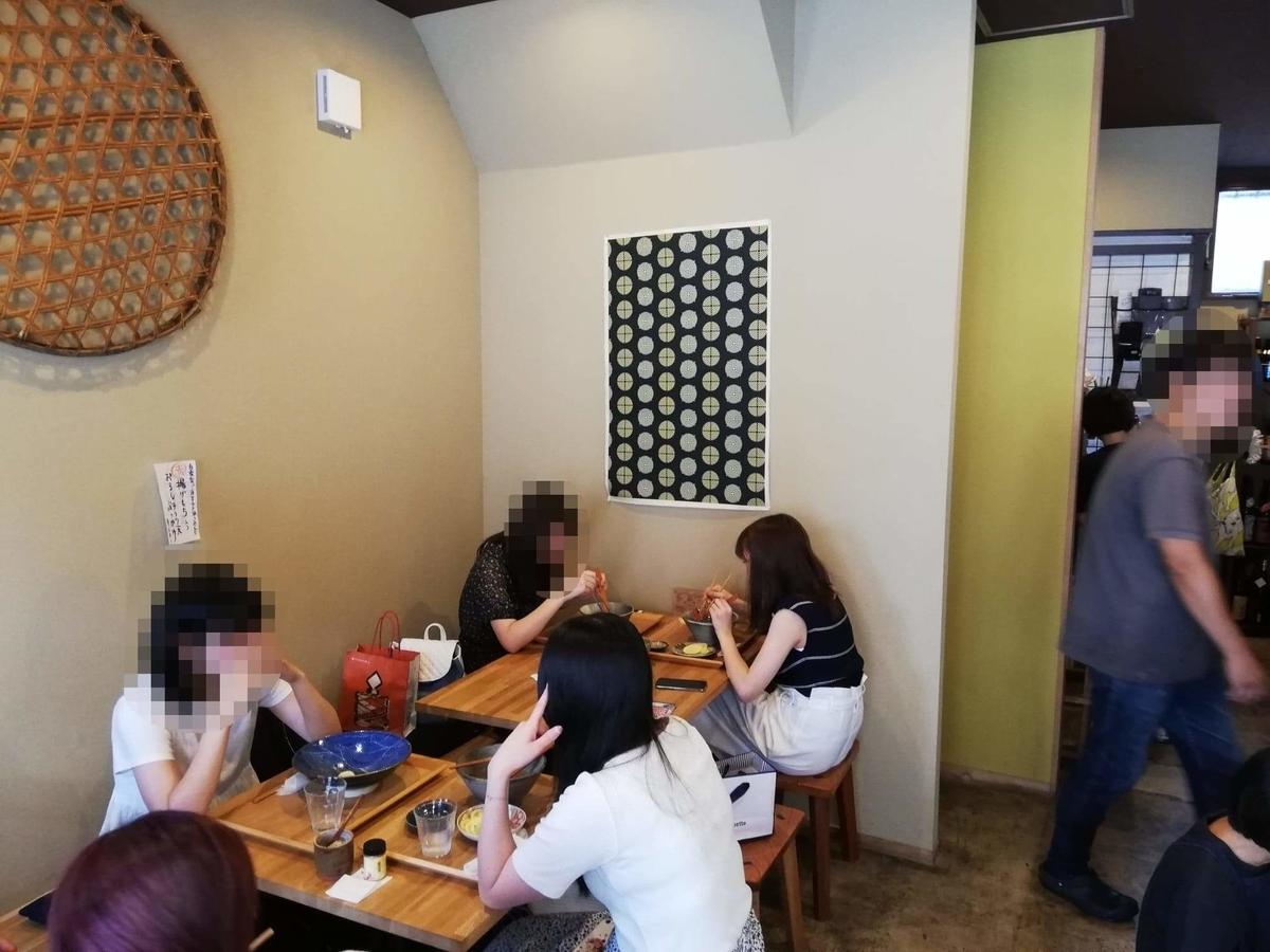 本川越『うどんとお酒土麦』の店内写真①