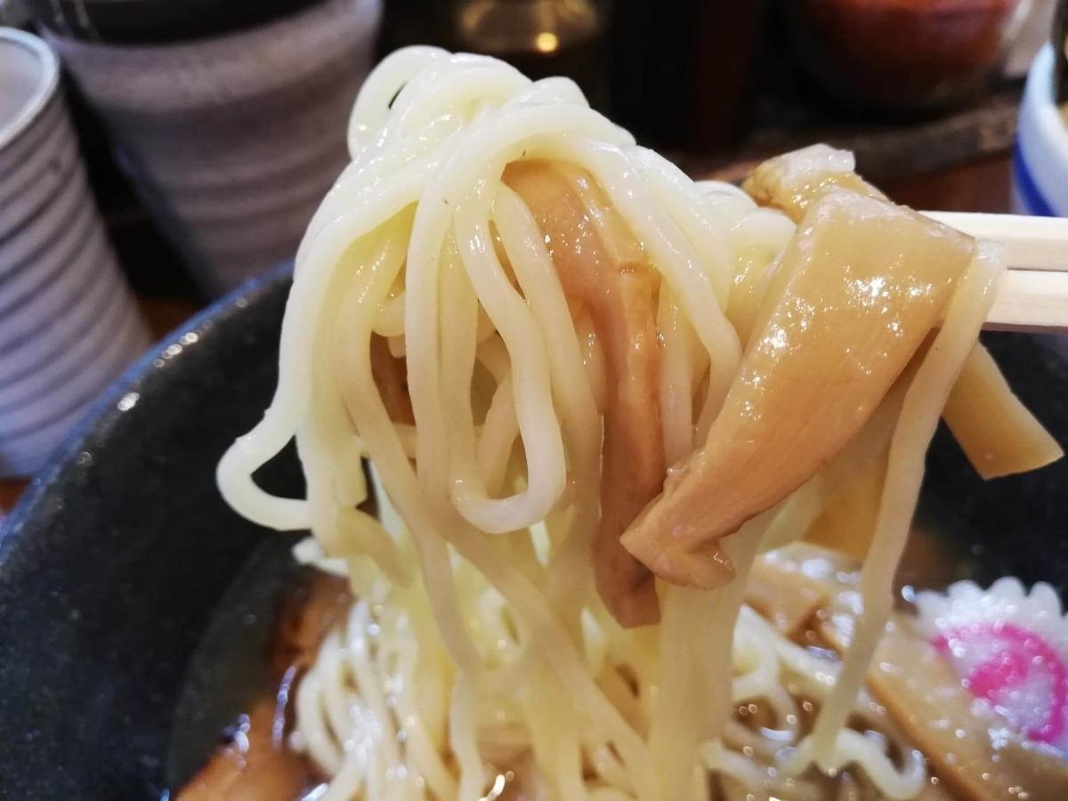 光が丘『大勝軒いぶき』の冷やしつけ麺とメンマの写真
