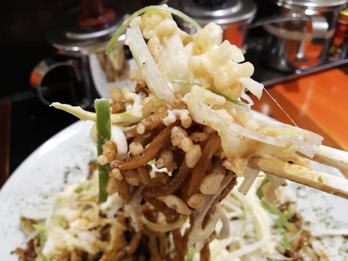高田馬場『真打みかさ』のソース焼きそばの写真