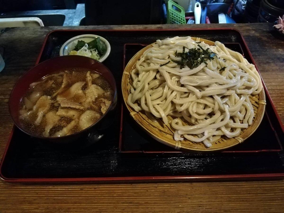 新座(保谷駅)『うどんや藤』の肉うどんの写真