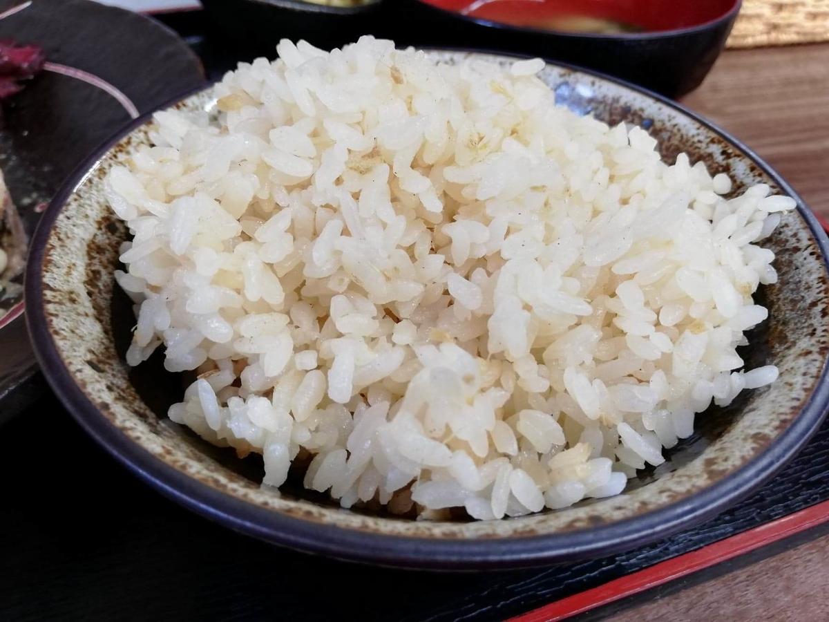 高田馬場(下落合)『極厚家』の極厚しょうが焼き定食のライスの写真