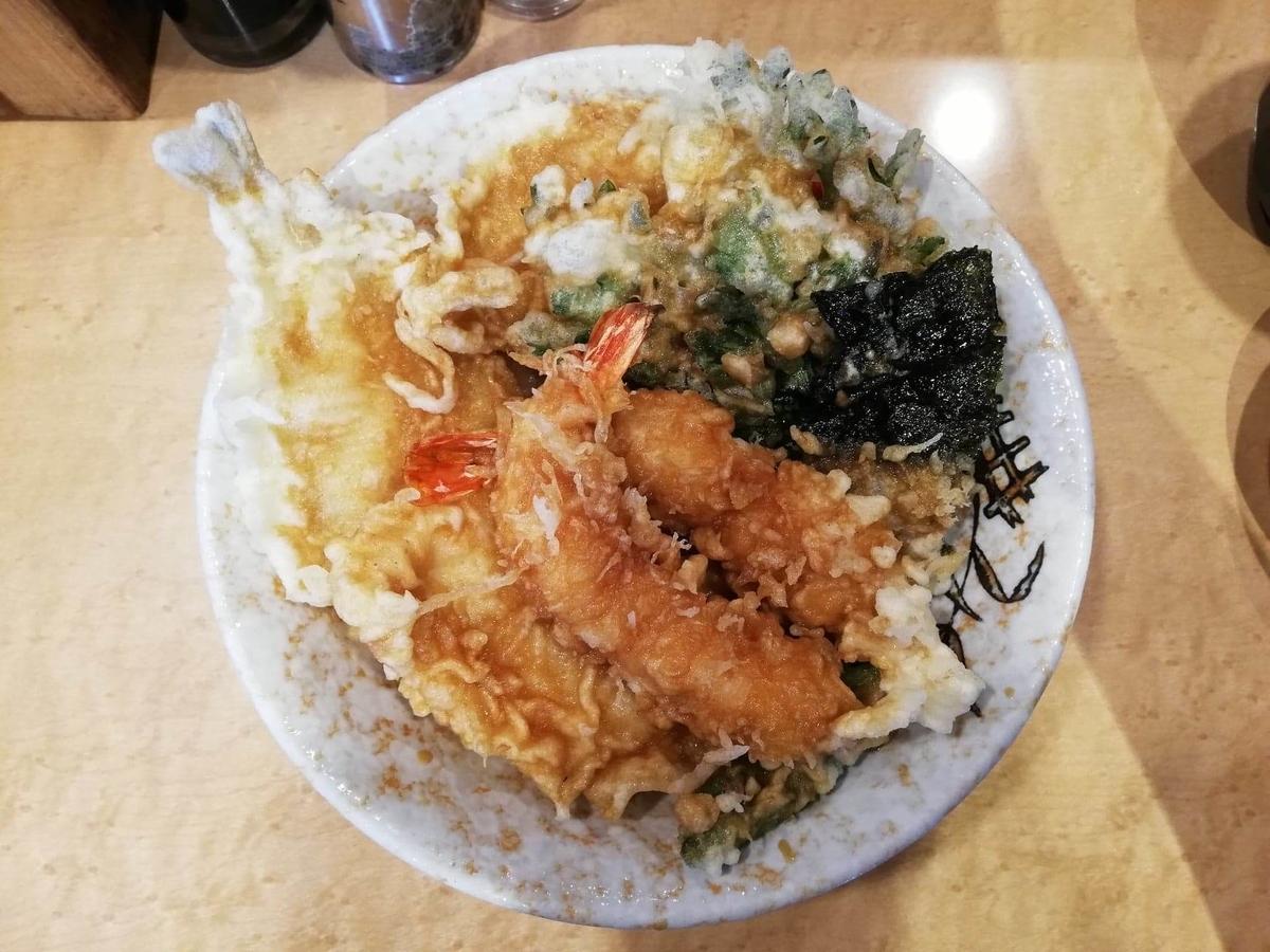 池袋『天丼ふじ』のジャンボ天丼の写真
