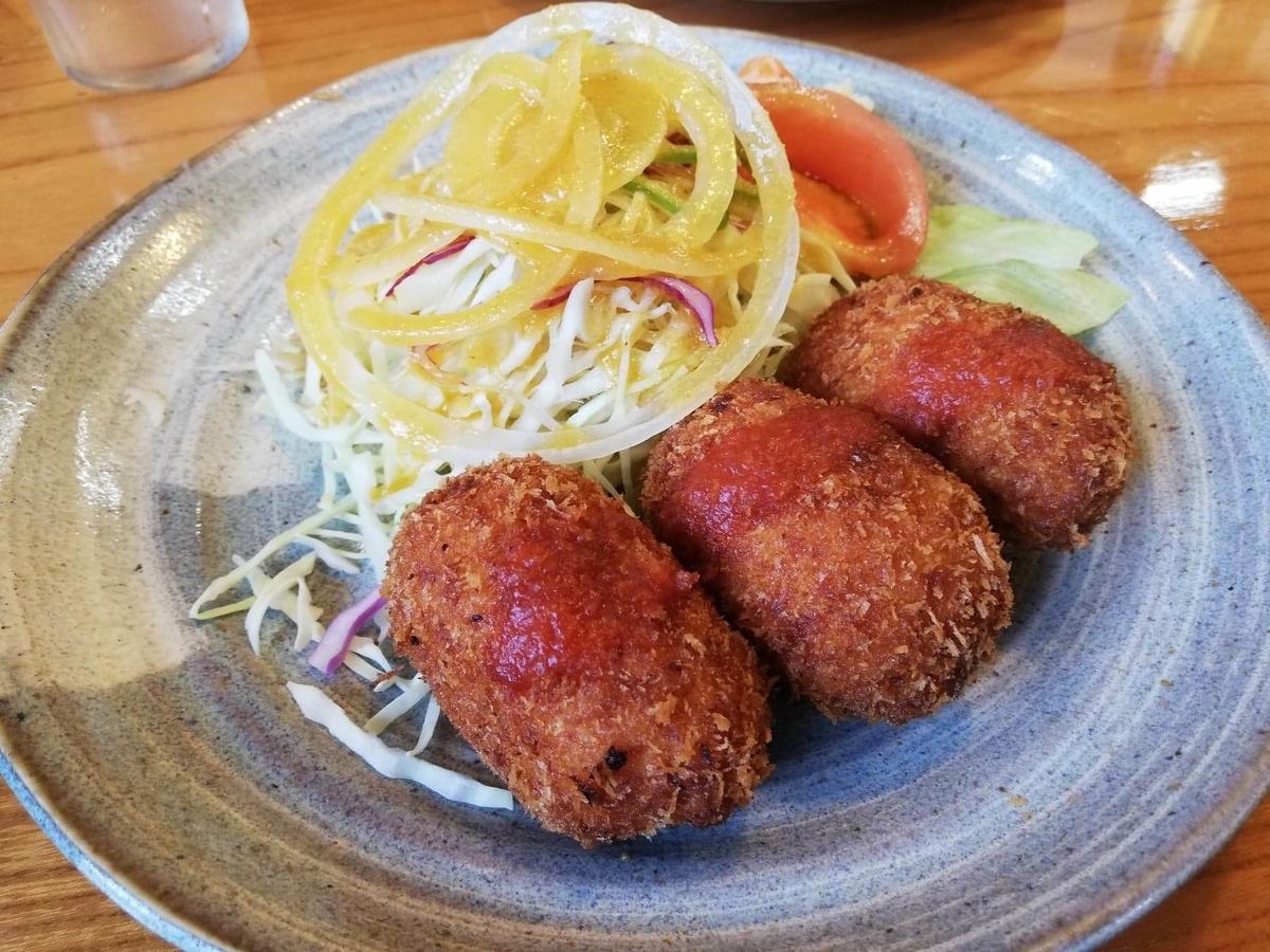 石川県金沢市ひがし茶屋街『自由軒』のクリームコロッケの写真