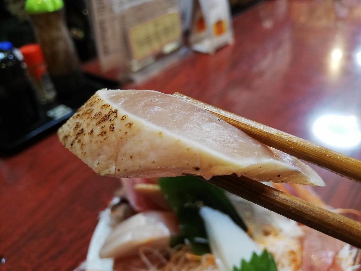 金沢市中央卸売市場『三四味屋』の刺身の写真②
