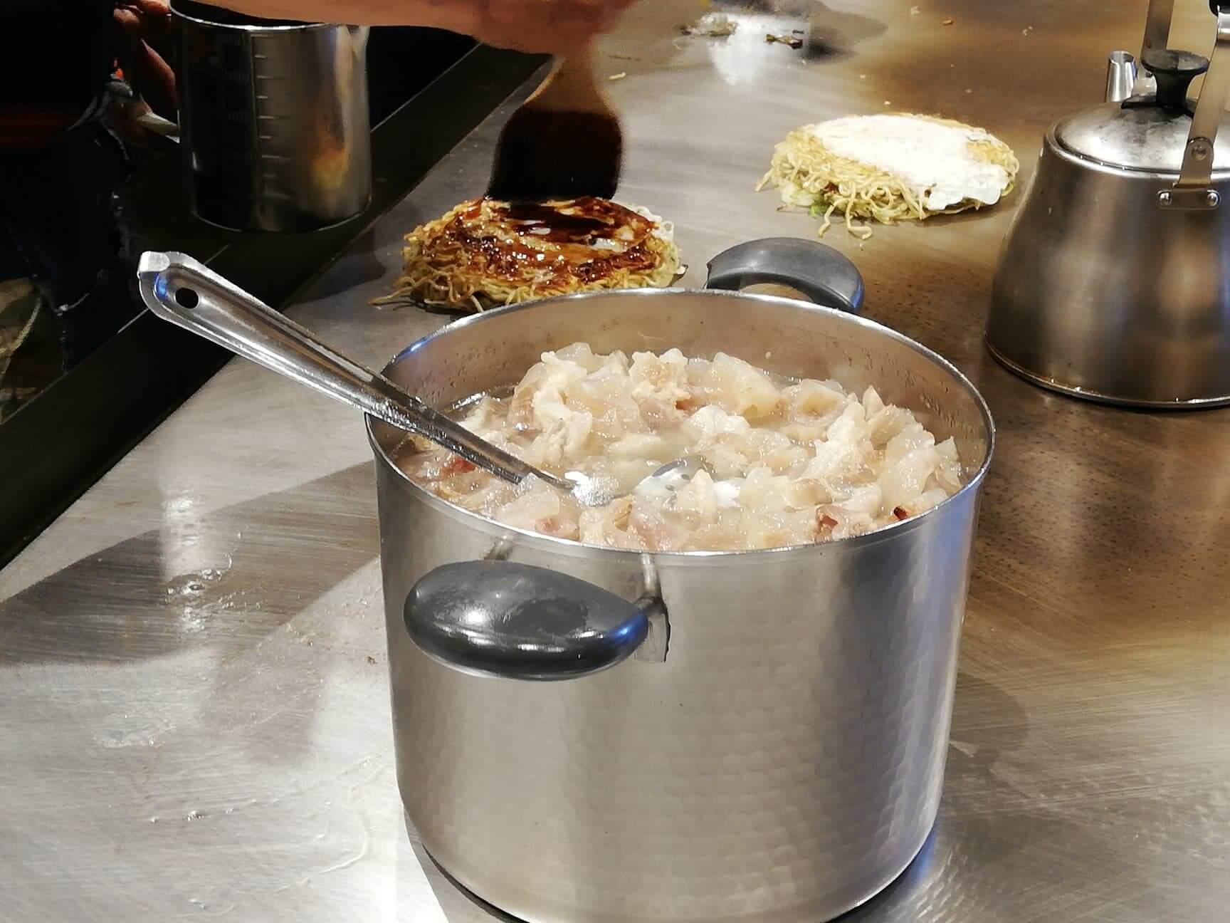 広島県『薬研堀八昌』の鍋の写真