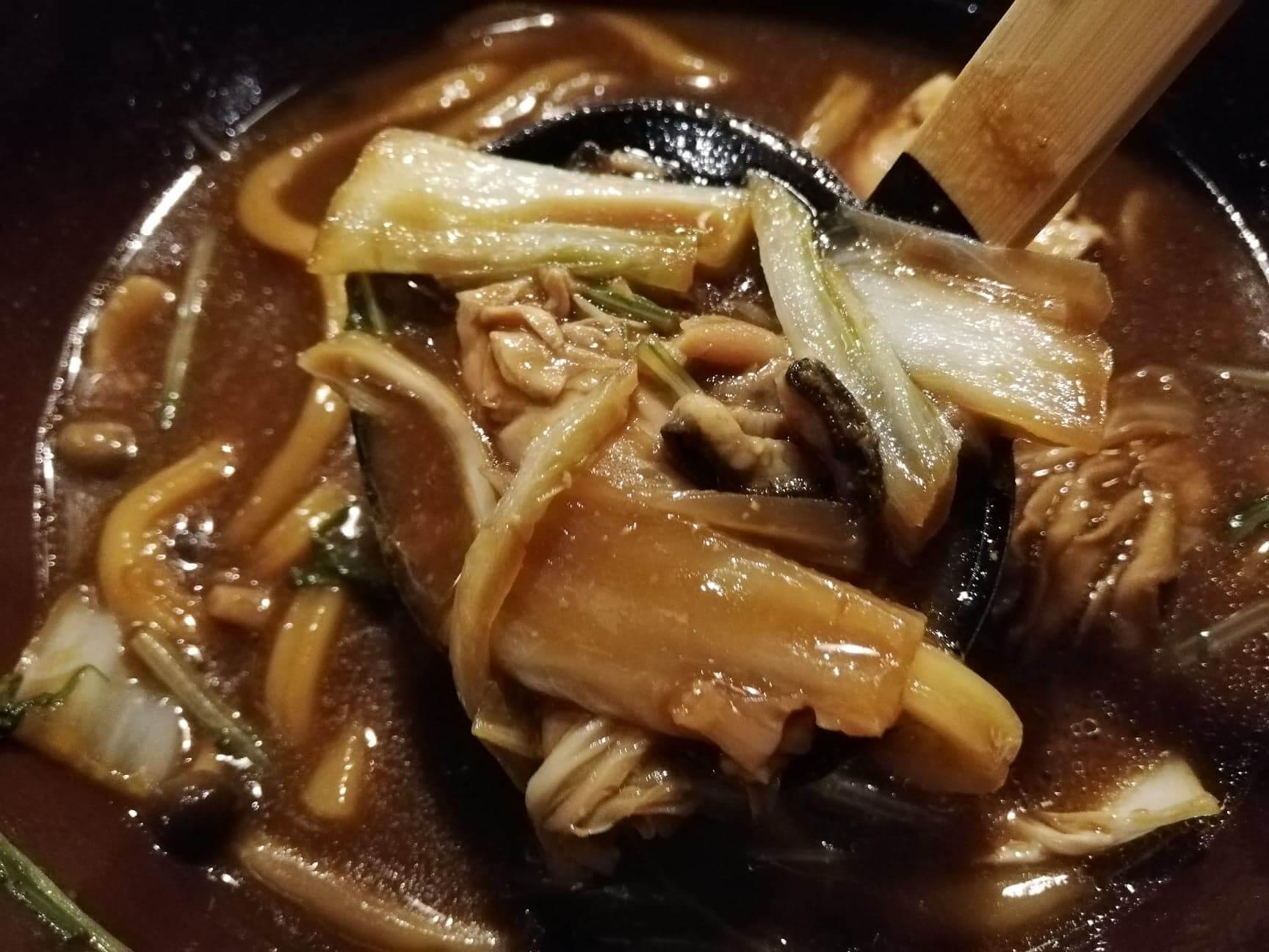 広島県の前空駅『田舎茶屋わたや大野店』の白菜の写真