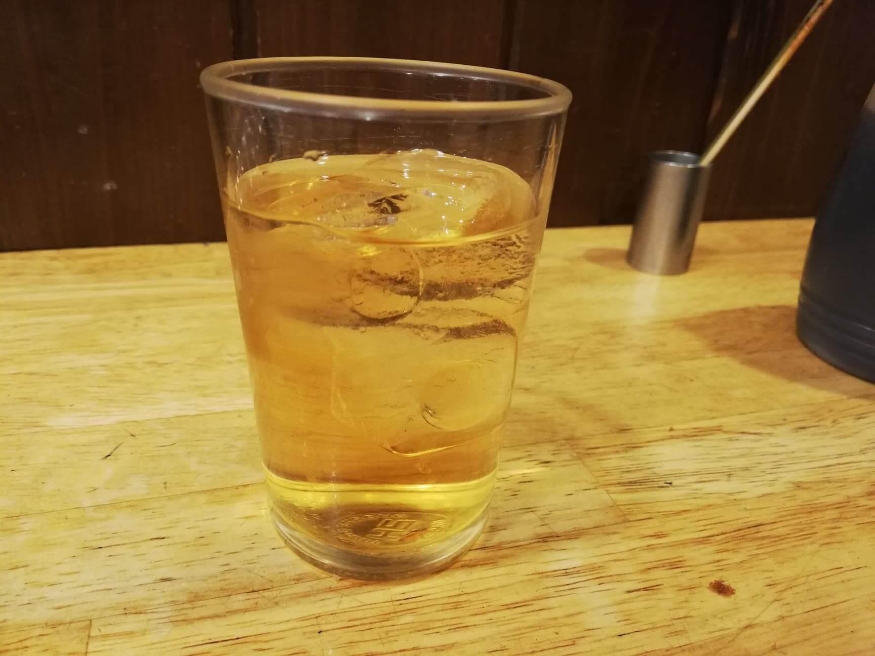池袋『かぶら屋』の濃醇梅酒ロックの写真