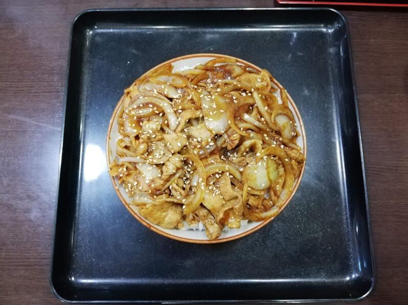 仙台『久美食堂』の焼肉丼の写真